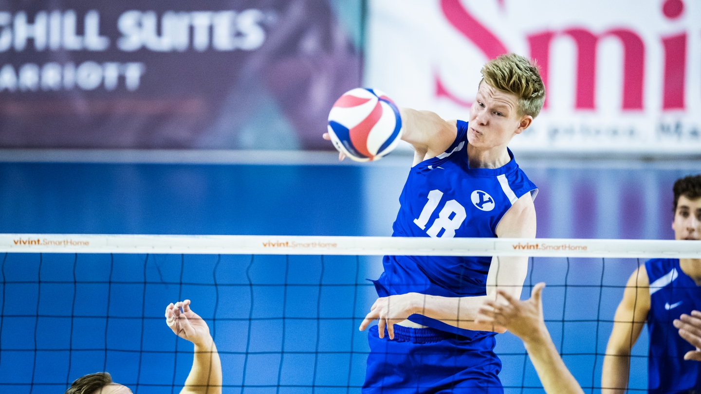 Miki Jauhiainen with the attack for BYU men's volleyball against Pepperdine.
