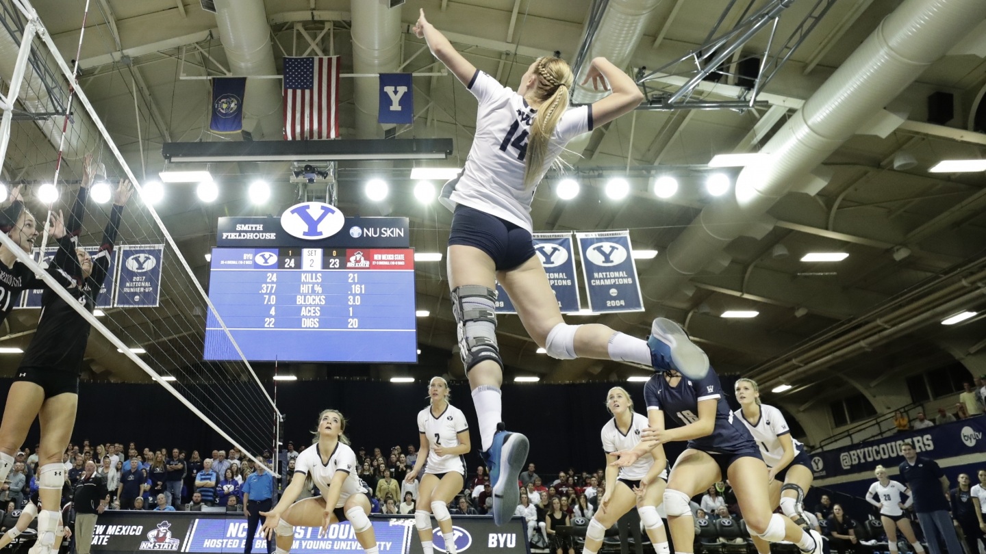 McKenna Miller leaps into action against New Mexico State